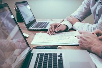 企業発見&選考準備LIVE